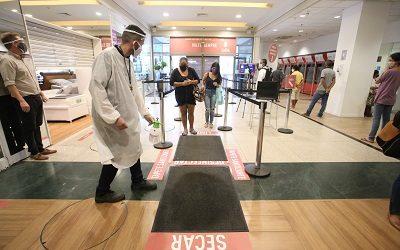 Shoppings centers e centros comerciais de Niterói voltam a funcionar com restrições